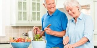 Alimentatia impotriva caniculei pentru varstnici: 7 Legume ce tin in frau caldura
