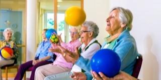 Cat sunt de importante activitatile recreative la varsta a treia?