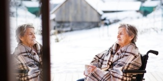3 Masuri impotriva frigului: Cum ne ingrijim bunicii iarna?