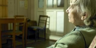 """""""Acasa"""" prin ochii bunicilor cu Alzheimer"""