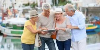Cum calatoresti cu cineva bolnav de Alzheimer? Ce sa faci si ce nu?