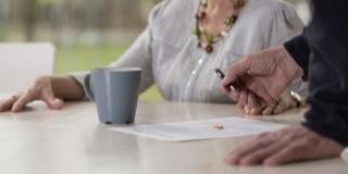 Motive de divort la batrani: Si bunicii se despart uneori! Cum asa?
