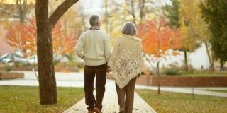 Varstnicii duc lipsa de vitamina D: De ce e o vitamina importanta pentru sanatatea bunicilor?